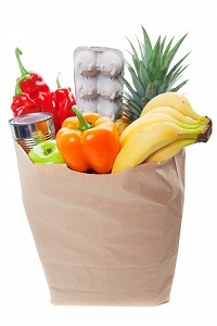 1519327-a-grocery-bag-full-of-healthy-fruits-and-vegetables (1)